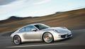 Nissan GT- R ile Porsche Carrera 4S karşı karşıya