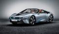BMW, i8 Spyder ile iddialı geliyor