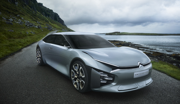 Citroën'in son konsept otomobili CXperience göz doldurdu