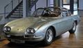 1. 350 GT   Lamborghini'nin ürettiği ilk model olan 350 GT; uzun ön kaputu, yatay ön camı ve yuvarlak hatlara sahip tavanı ile ilginç bir tasarıma sahip. Ferrari'den ayrılan Giotto Bizzarrini tarafından yaratılan bu model, V12 bir motorla donatılmıştı. 250'si 400GT modeline dönüştürülen bu modelin yalnızca 120 adedi satın alındı. En ender Lamborghini'lerden biridir.